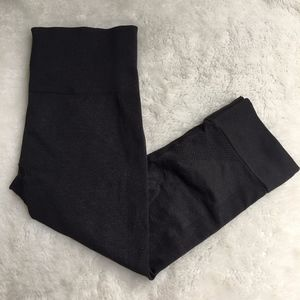 Lululemon Charcoal Gray Crop Leggings Size 4